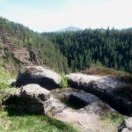 2011 - Reste der alten Burganlage auf dem Gipfel