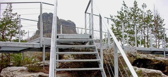 Gipfel der Burg Falkenštejn (Böhmische Schweiz) - aktuelles Foto. Copyright by Arndt Noack